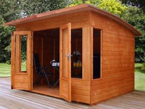 Legno da esterno, casetta bambini, trattamento legno da esterno