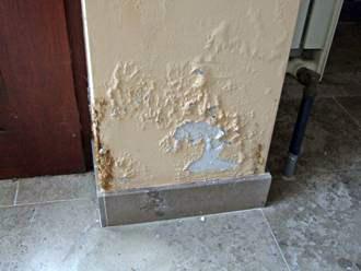 Umidità di risalita, parete, efflorescenze, sfogliamento, muffa, stop umidità
